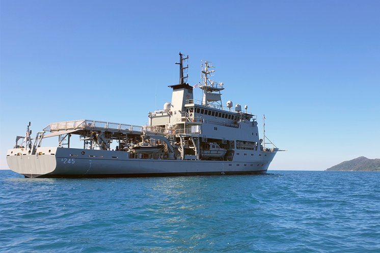 Leeuwin takes to local waters for intensive training