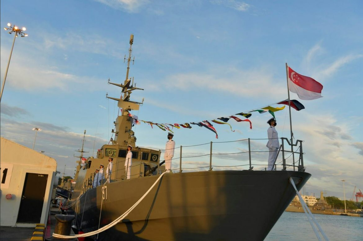 Singapore Navy decommissions final two Fearless-class patrol vessels
