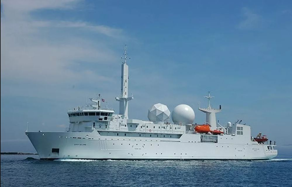 Russian Forces Monitor French Reconnaissance Ship in Sea of Japan
