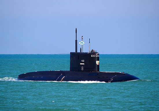 Crew of submarine Veliky Novgorod of Black Sea Fleet during the exercise practiced a missile strike on a detachment of mock enemy ships